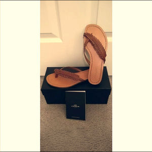 NIB Coach Deni Semi Matte Calf Feather Sandals-6M